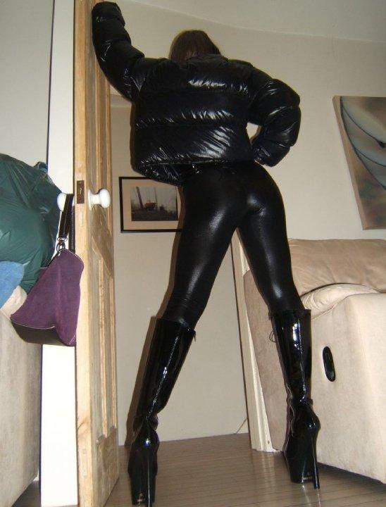 sexiga äldre kvinnor dildo pants